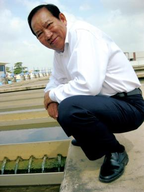 "The Christian Science Monitor: ""Ek Sonn Chan pipes something precious into the homes of Phnom Penh: safe water"""